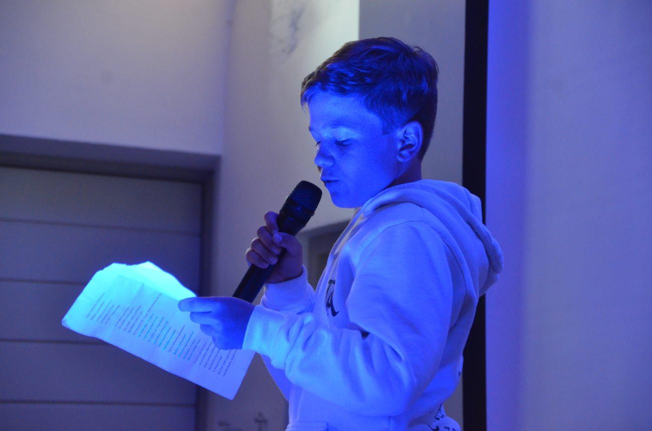 Sensationell! Phillip Mühlbauer wird Murnauer Vize-Meister im Poetry Slam!