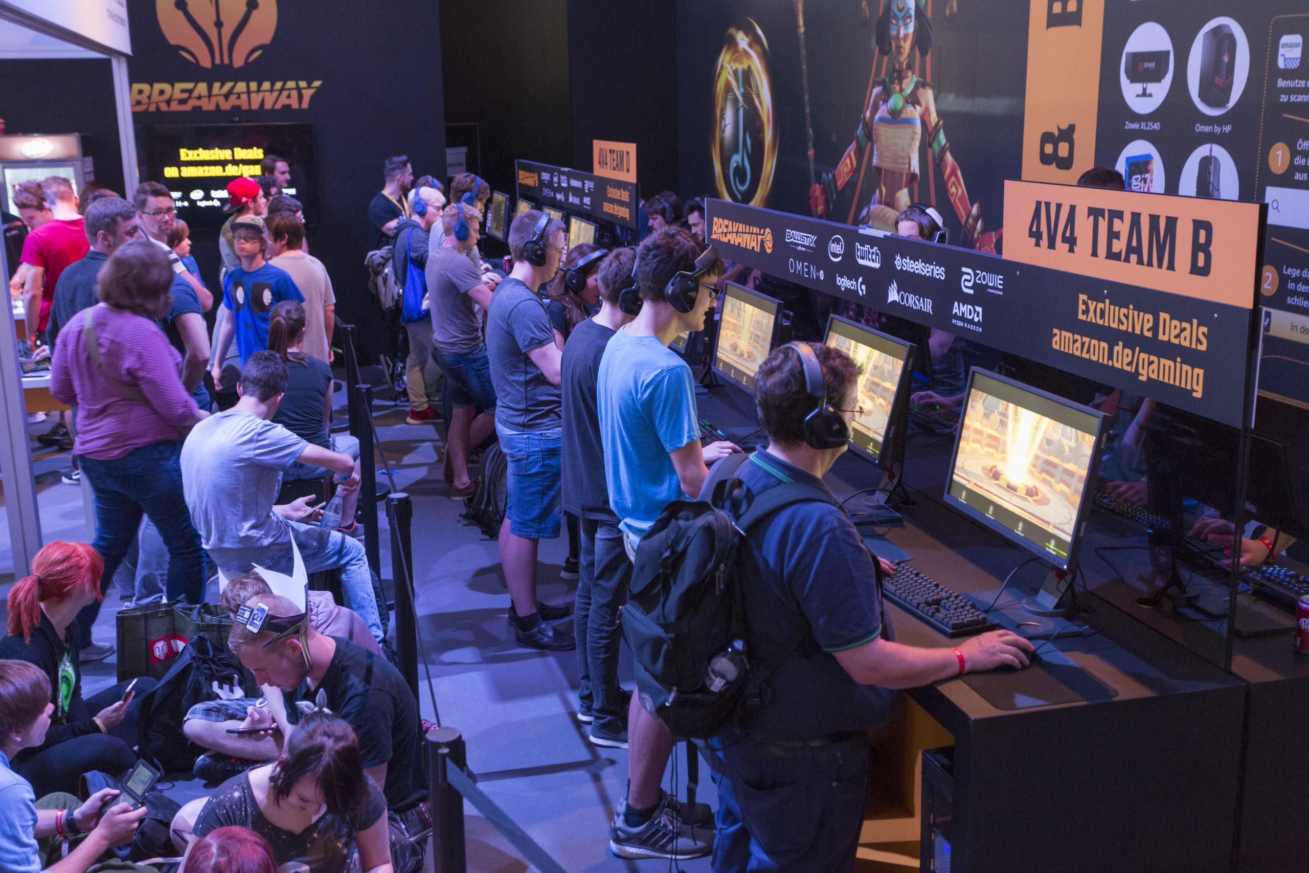 Ein kleiner Schülerblog auf einer GROßEN Messe – Blog-Exkursion zur GAMESCOM 2018!