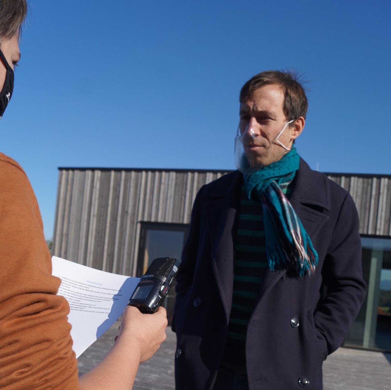 """Neuzugänge an der RS Murnau: """"Technik kann uns helfen. Lernen müssen wir aber selber"""" – Interview mit Herrn Ruf"""